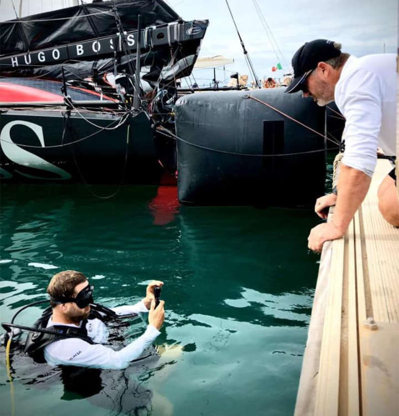 Skippers Alex Thomson and Neal McDonald arrive safely to the Cape Verde Islands onboard HUGO BOSS