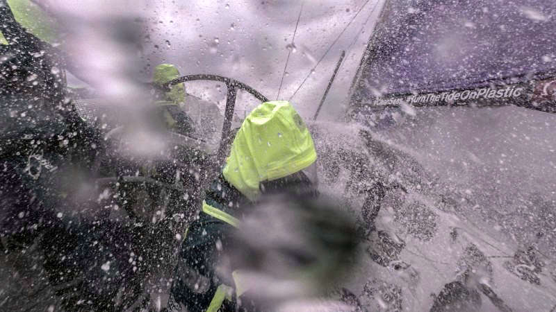 Team AkzoNobel leads Volvo Ocean Race Leg 6 from China to New Zealand