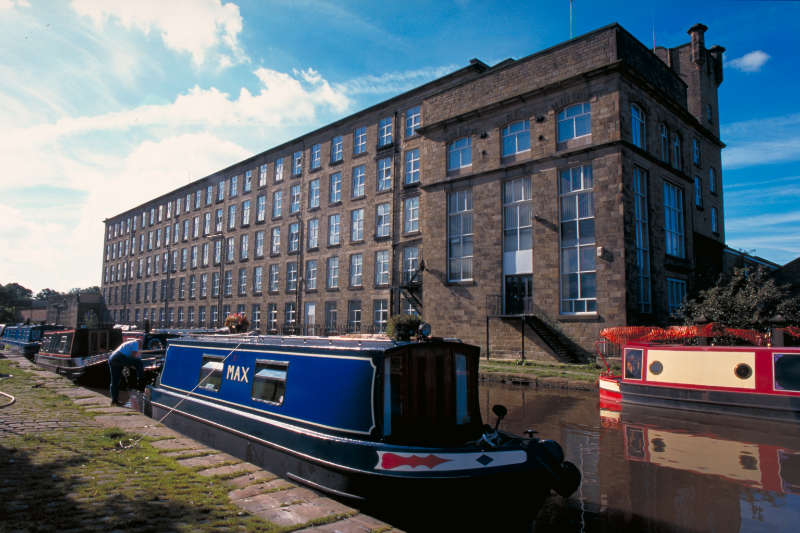 Macclesfield Canal gets £1.4million winter makeover