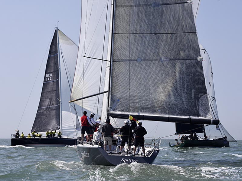 Aberdeen Asset Management Cowes Week Daily Round-Up Day 1