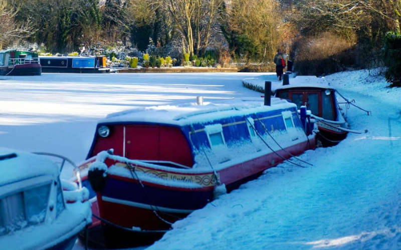 Canal & River Trust publishes winter moorings information