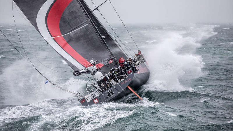 Volvo Ocean Race - Man overboard on Team Sun Hung Kai/Scallywag