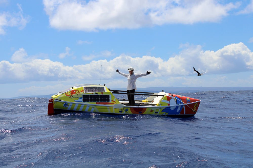 Solo Ocean Rower Lia Ditton Breaks US to Hawaii Record