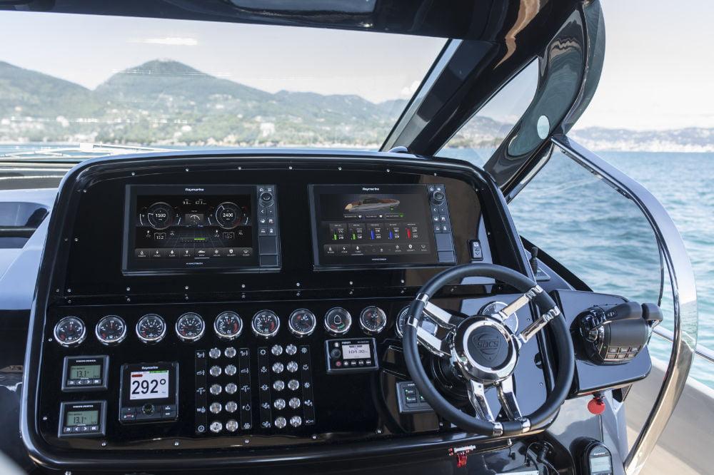 FLIR Systems Introduces Raymarine YachtSense