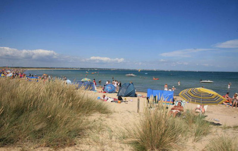 RYA calls for considered and viable approach to management of Studland Bay