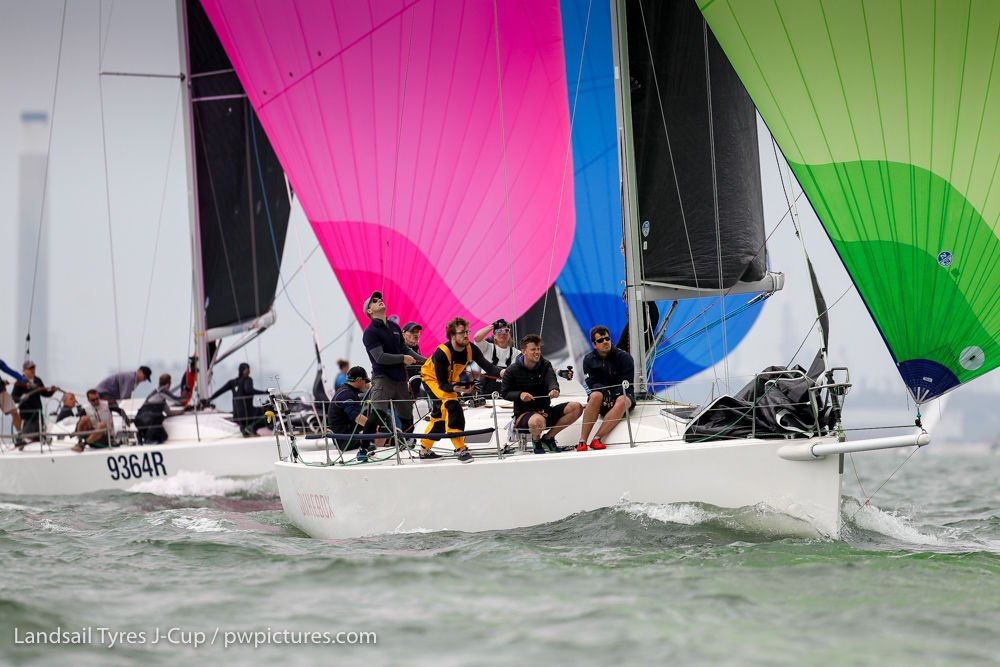 A perfect start for the Landsail Tyres J-Cup